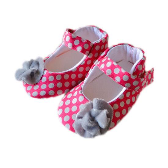 Zapatos rosa para bebé