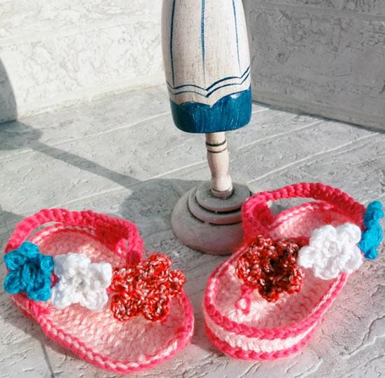 Sandalias de crochet para recién nacido